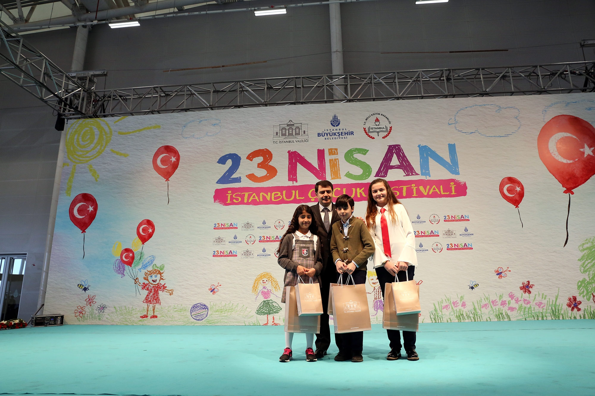 Konuşan Trafik Çocuk Oyunu Kadıköy Halk Eğitim Merkezi'nde 32