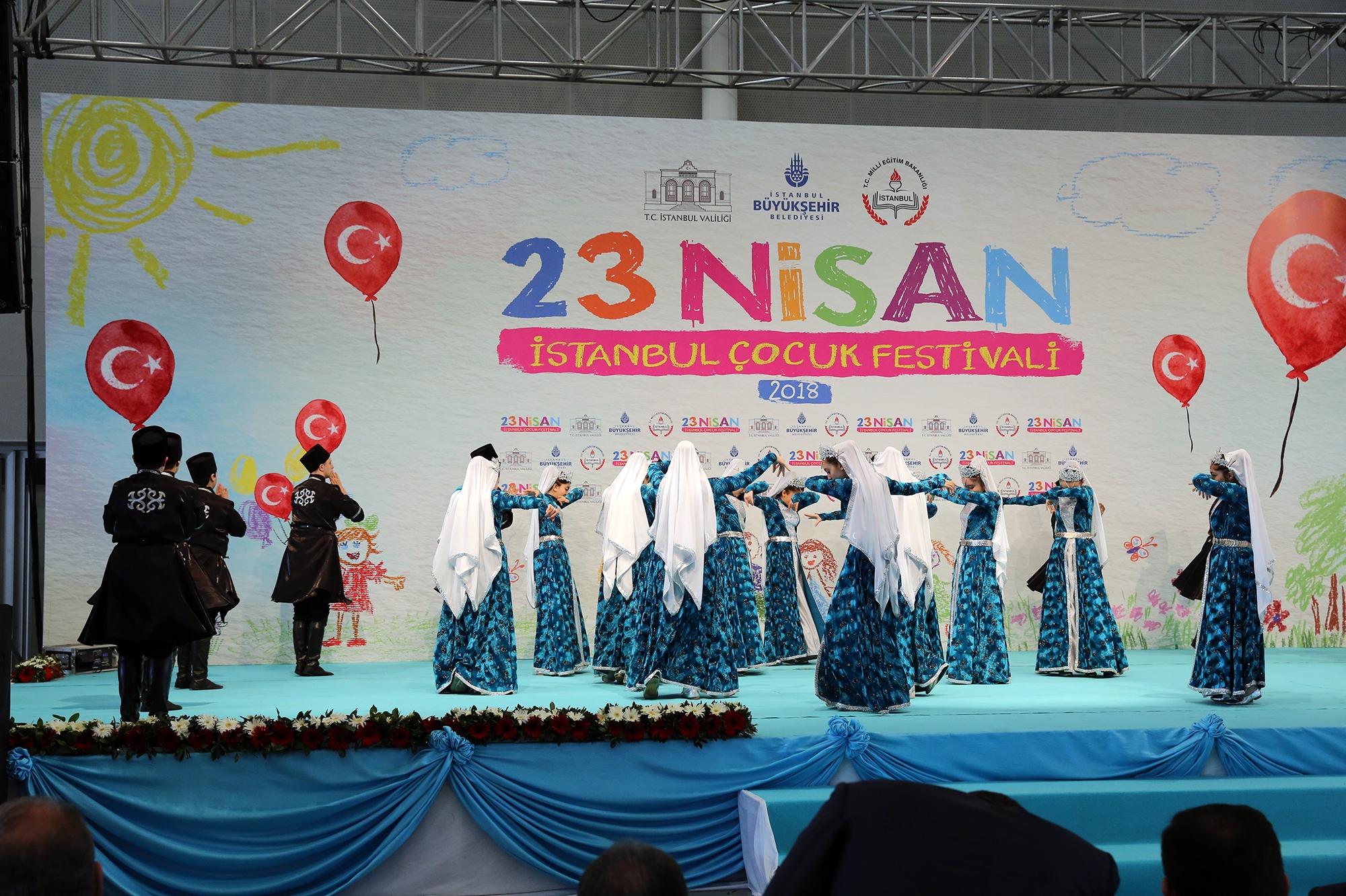Konuşan Trafik Çocuk Oyunu Kadıköy Halk Eğitim Merkezi'nde 82